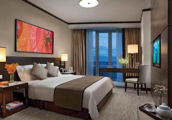 Three Bedroom Deluxe Master Bedroom