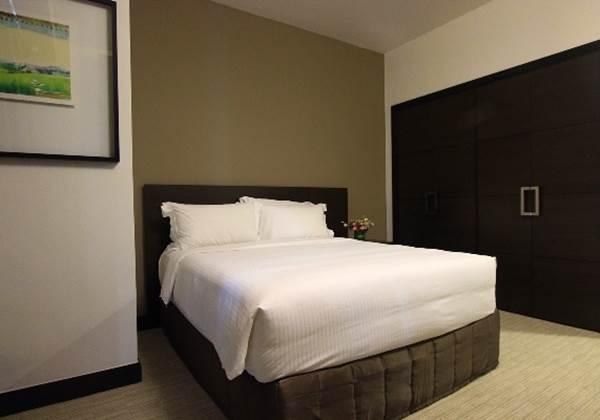 Three Bedroom Premier 2nd Bedroom