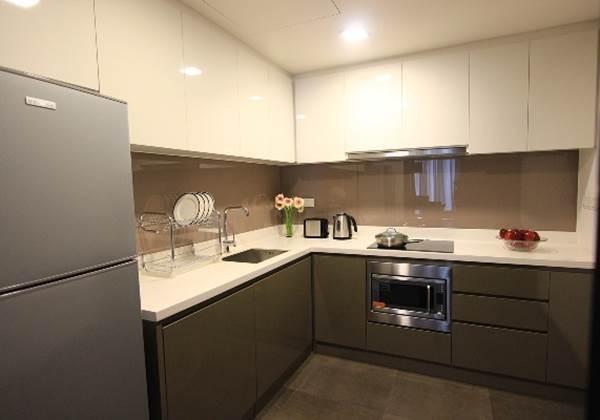 Two Bedroom Deluxe Kitchen