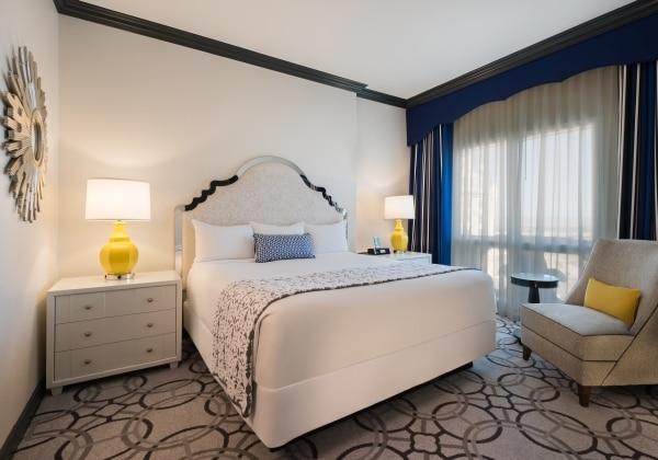 Renovated Magnifique Suite