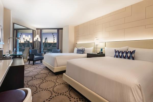 Valley Room Queen, High Roller View