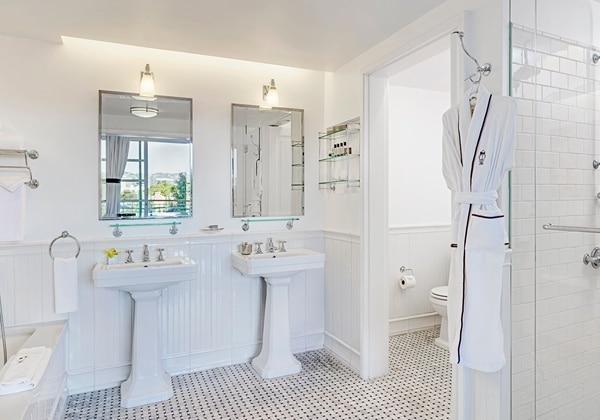 C Suite Bathroom