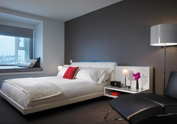FABULOUS ROOM (1 KING BED)
