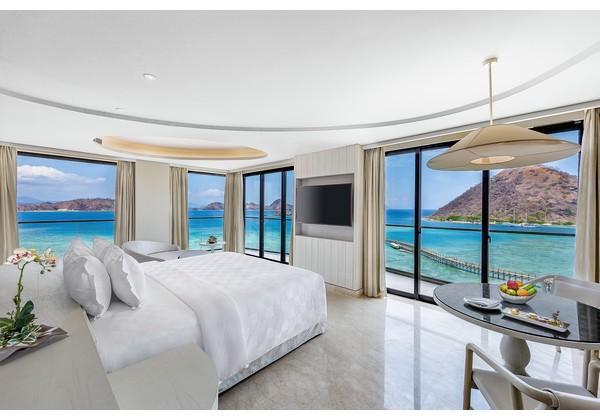 Full Ocean View Suite