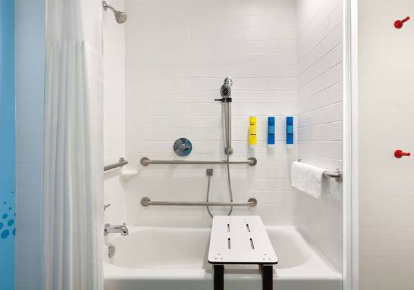 Accessible w/Bathtub Bathroom