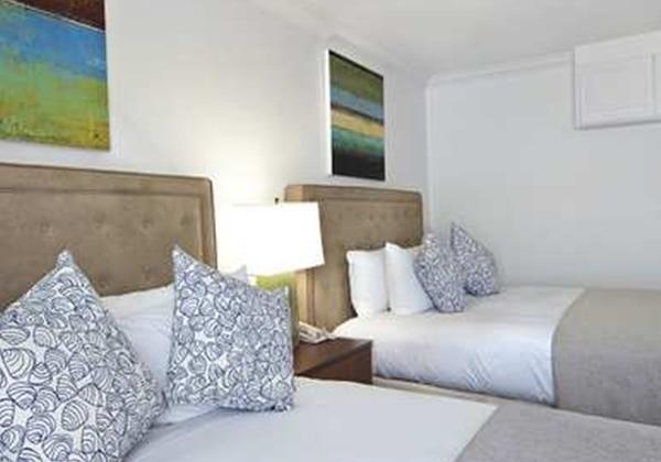 2 QUEEN BEDS W BALCONY-MARINA VIEW-NO SM
