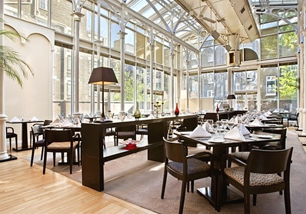 WOBURN PLACE DINING ROOM