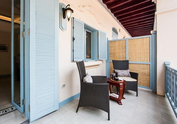 Garmier Room Balcony