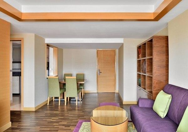 3-Bay Apartment Living Room
