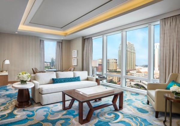 Metropolitan Suite