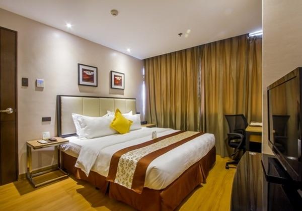 2 ベッドルーム キングベッド