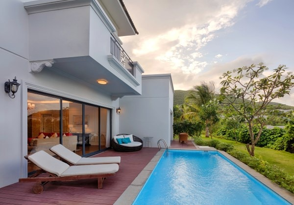 4-bedroom duplex villa Mountain View