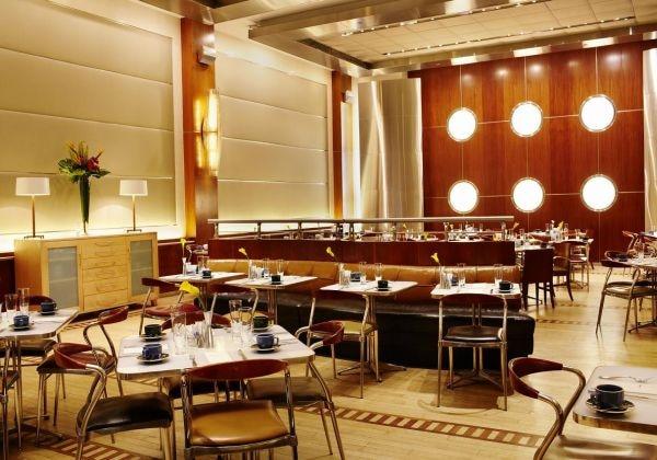 Restaurant/ レストラン