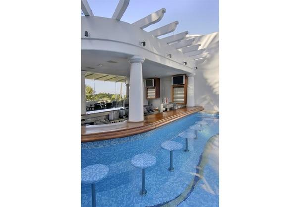 poolsidebar