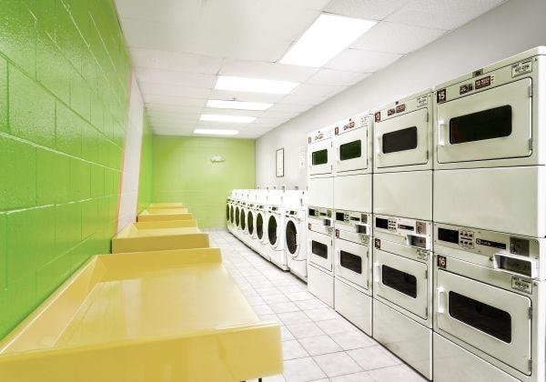 Laundry Room/ ランドリールーム