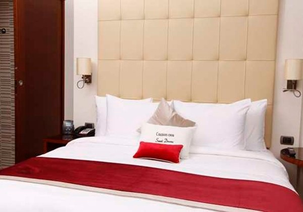 TWIN-BEDDED ROOM