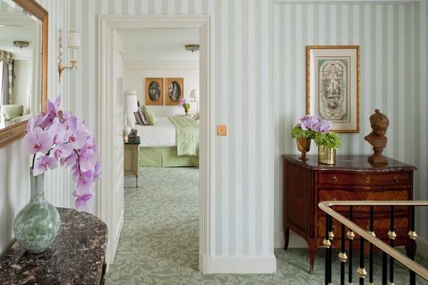 【H.I.S.】フォーシーズンズ ホテル ジョルジュ サンクのホテル詳細ページ 海外ホテル予約