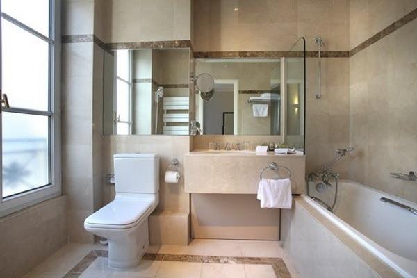 Bathroom/バスルーム