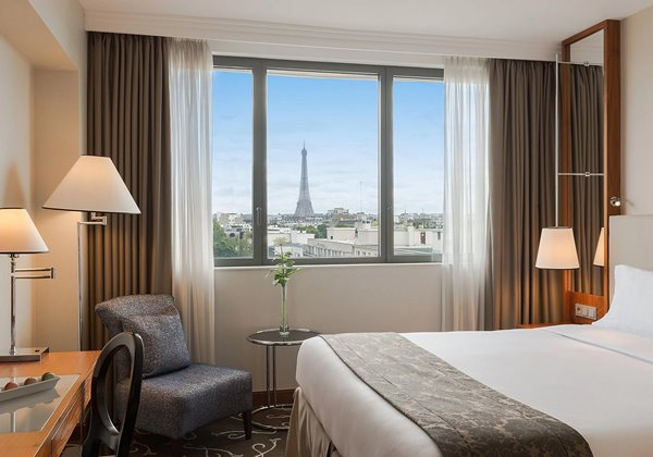 Guest Room with Eiffel Tower view