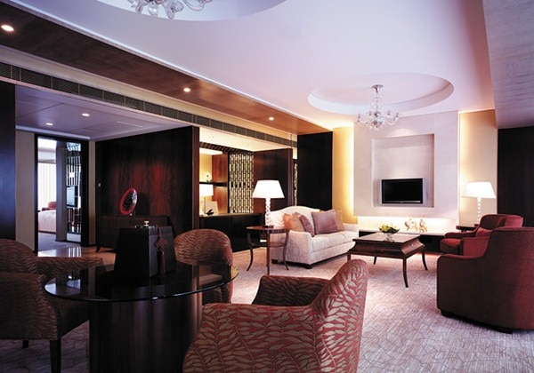 Valley Wing Grand Diplomat Suite