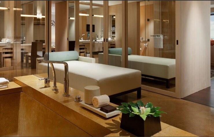 Park Deluxe Suite Bath room