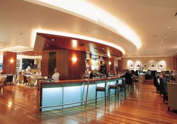 The Globe Restaurant & Bar