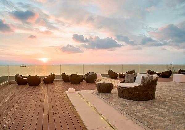 Aura Rooftop Bar