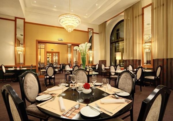 Franz Josef Restaurant