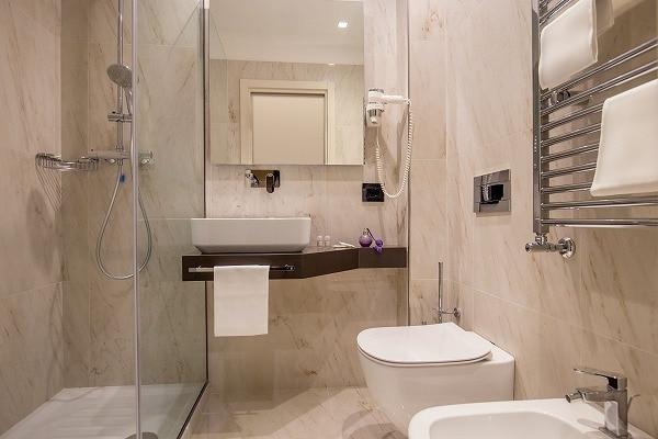 バスルーム・シャワーのみ