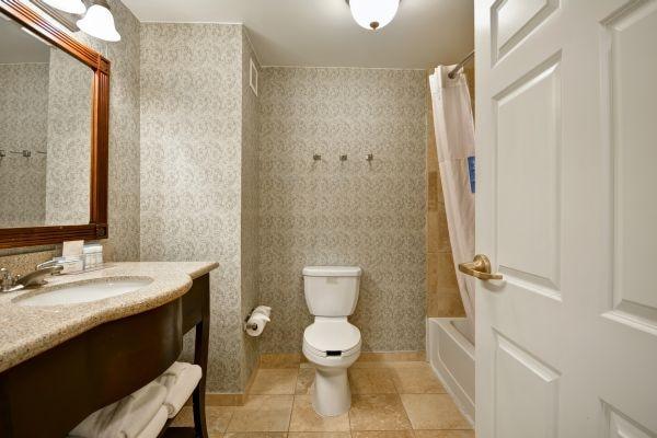 Standard Tub Bathroom