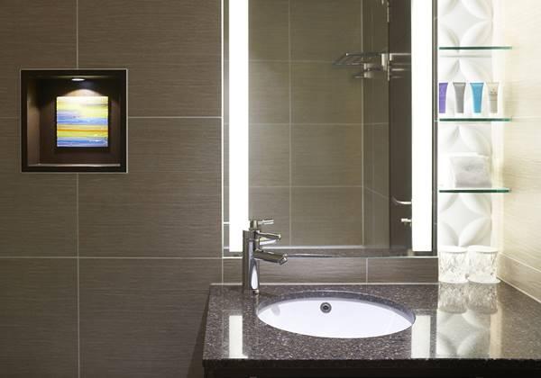 Premier Corner Suite 02