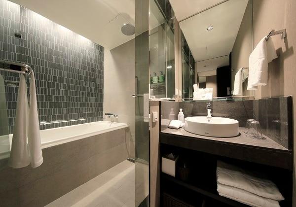 Sandard Bath