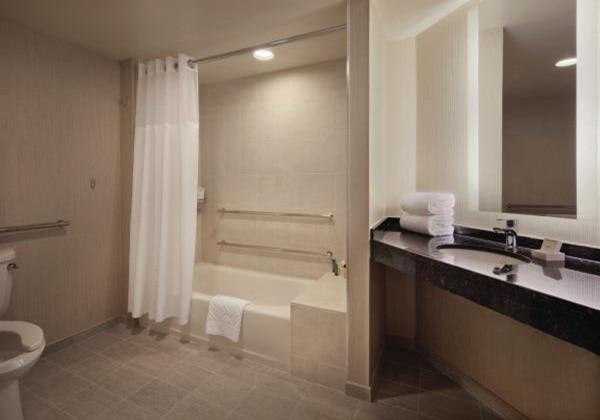 T3 ADA Bathtub