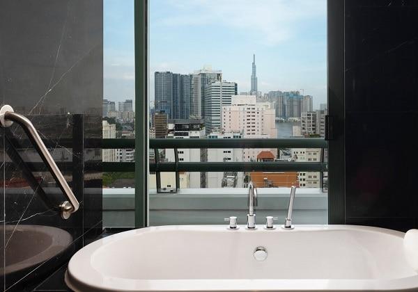 Grand Tower Studio - Bathroom