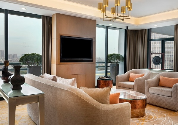 Grand Tower Presidential Suite - Living