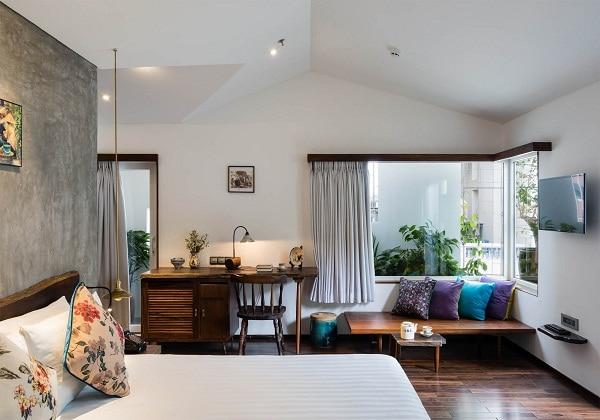 Serene Corner Suite