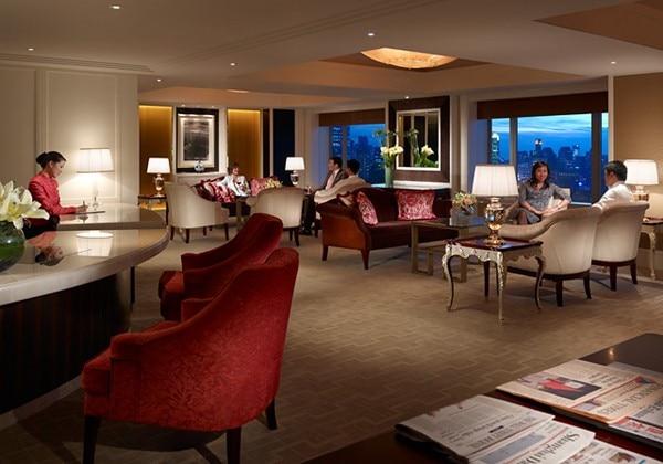River Wing Horizon Lounge