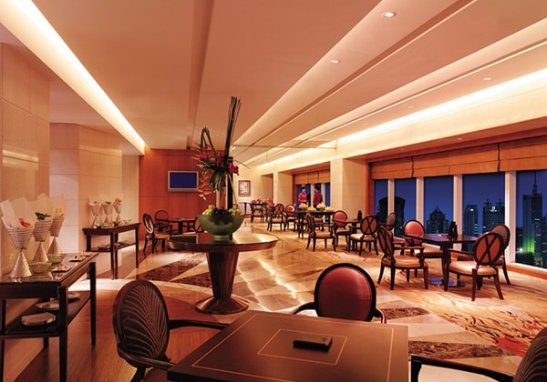 Grand Tower Horizon Club Lounge