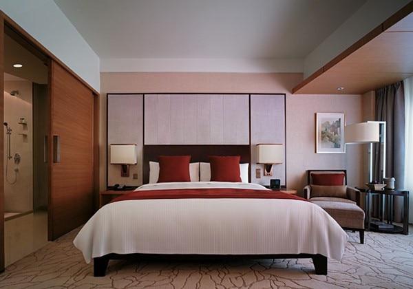 Deluxe Room 1 King