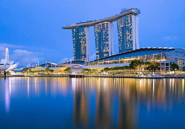 Marina Bay Sands - Apple