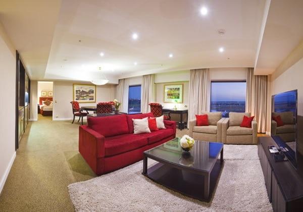 Stamford (Presidential) Suite