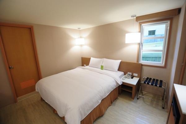スーペリアルーム(ベッド一台)