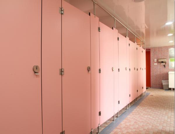 男女別共同バス/トイレ