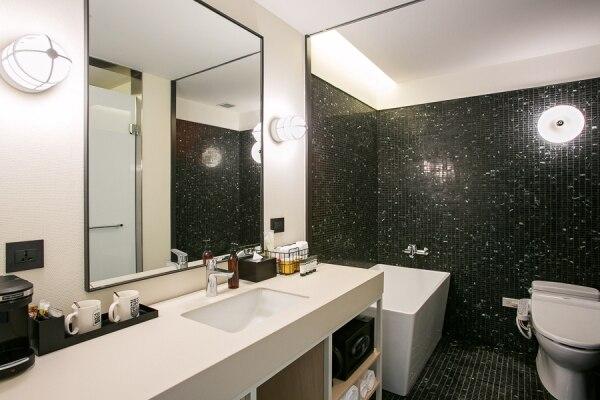 ラージ キング 浴室