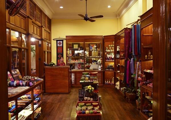 Shop Souvenir