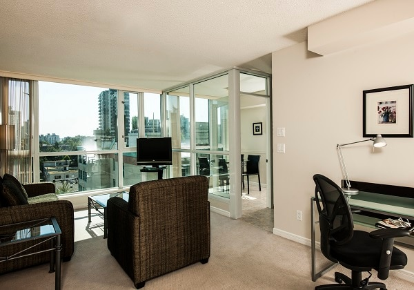 Standard One-bedroom Suite - Living Room