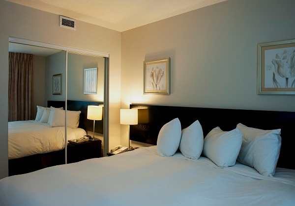 Standard Two-bedroom Suite - Bedroom