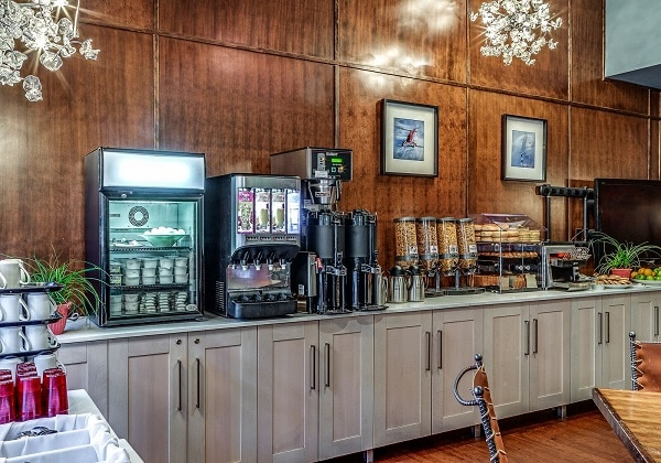 Complimentary Continental Breakfast Room