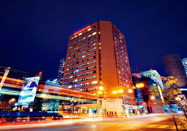 Bond Place Hotel (ボンド プレイス ホテル)